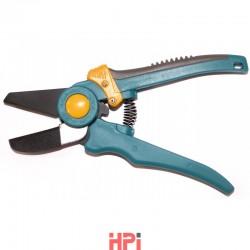 Nůžky  APU na úpravu PVC lišt
